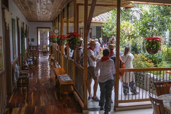 Colombia Travel , Experiencia Cafetera ,Travel In Colombia, Coffee Triangle , Tours In Colombia , Travel Packages In Colombia, Vacations In Colombia , Where to stay in the coffee region, jardines de pijao, el patio, pijao, quindio
